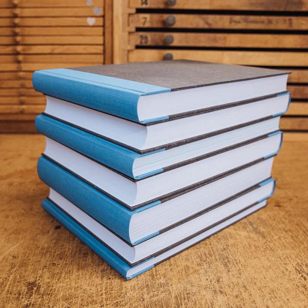 Bücher binden Klebebindung