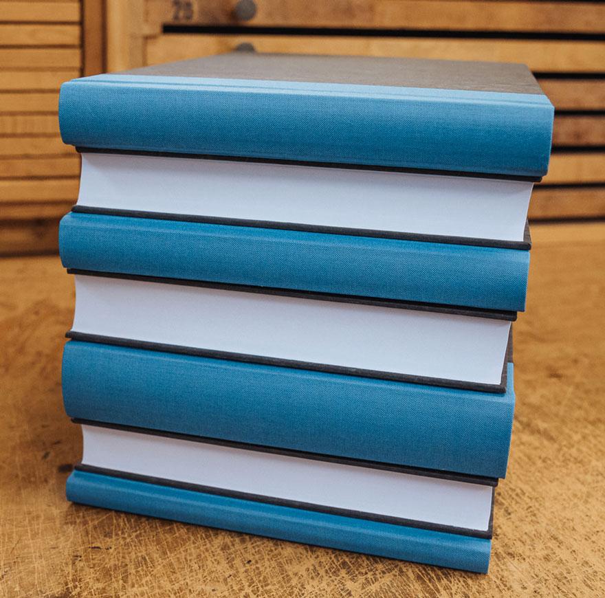 Bücher neu gebunden