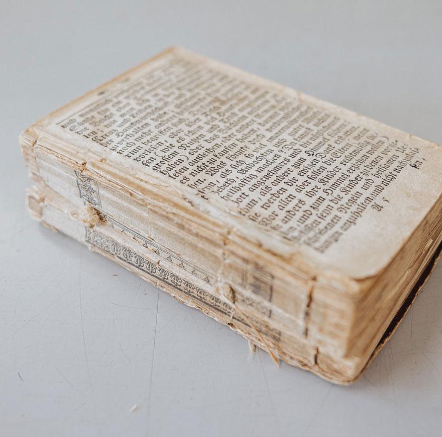 Buch kaputt